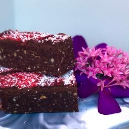 Berry Love Mud Brownie – Raw Vegan